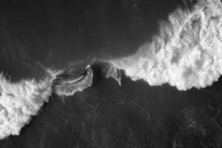 kensuke-saito-surf-photography-rXsnA-67Chs-unsplash.jpg